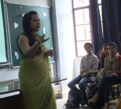 ForPressRelease.com - Criminal Psychologist Anuja Kapur delivers lecture on Criminal Psychology in Gargi College, New Delhi